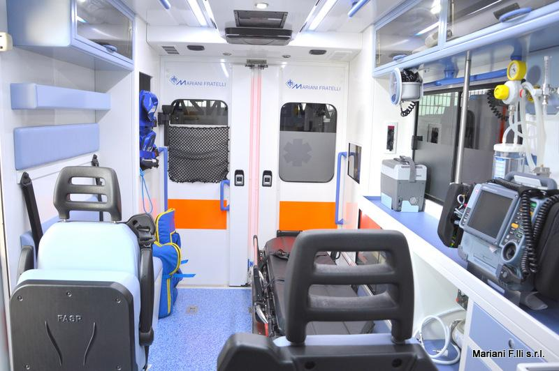 Renault Master Ambulanza Cellula interni celesti